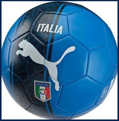 Pallone ufficiale da calcio della puma con simbolo italia