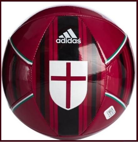 Pallone scuro della squadra milan adidas