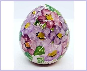 Uova pasqua in ceramica
