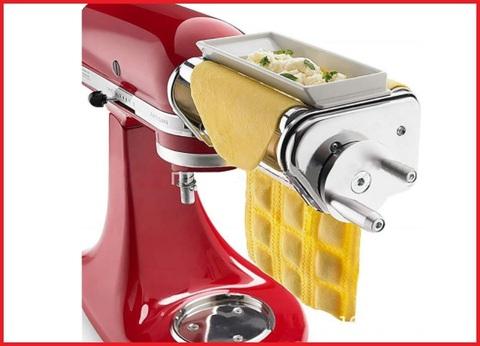 Pasta maker ravioli