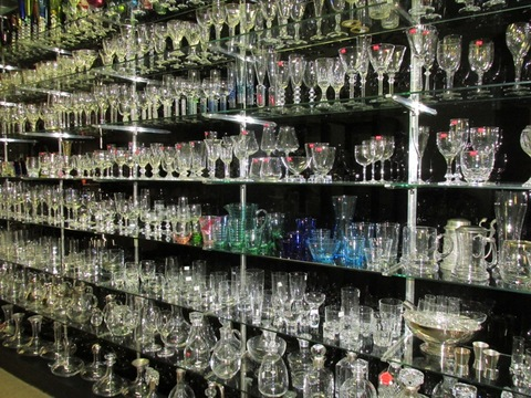 Bicchieri varie forme e colori in cristallo