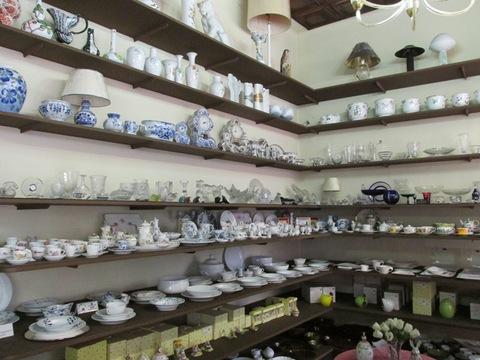 Tazze vasi lampade in ceramica