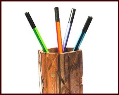 Portapenne in legno da scrivania