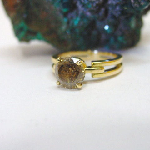 Anello diamante brown