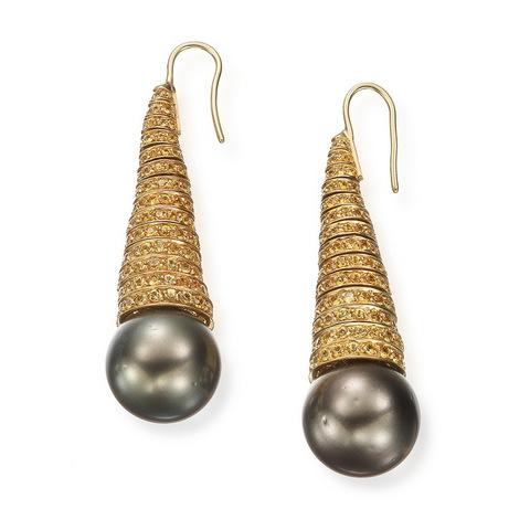 Orecchini perla tahiti e corindoni