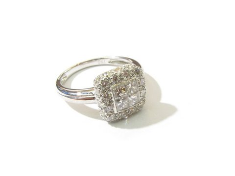 Anello diamanti princess