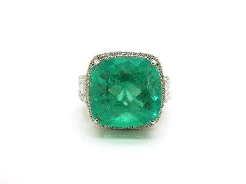 Anello con smeraldo naturale colombiano ct 10