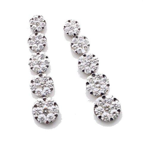 Orecchini pendenti in oro bianco 18 kt con 70 diamanti