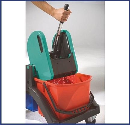 Carrelli per pulizie professionali
