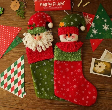 Decorazioni natalizie classiche calze per regali