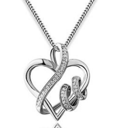 Collana a forma di cuore intrecciato per san valentino