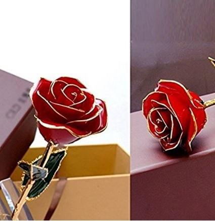 Rosa in cristallo e oro per san valentino