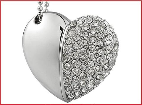 Chiavetta usb cristallo e scritta forever love