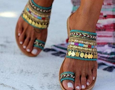 Sandali etnici bambina