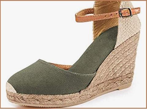 Sandali alti con gioielli