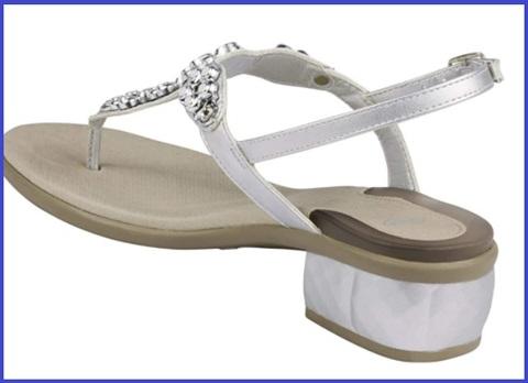 Sandalo basso con gioielli