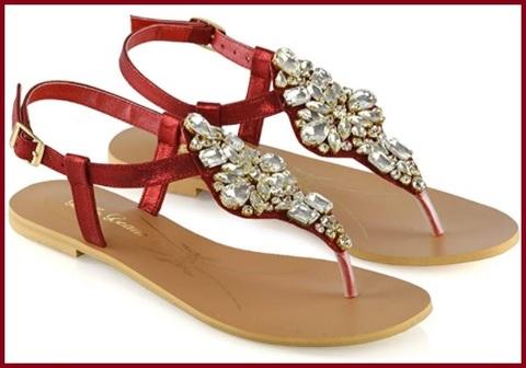 Infradito sandalo con gioielli