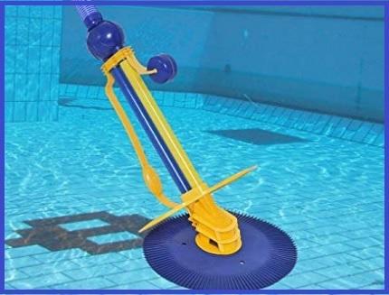 Pulitore automatico per piscine