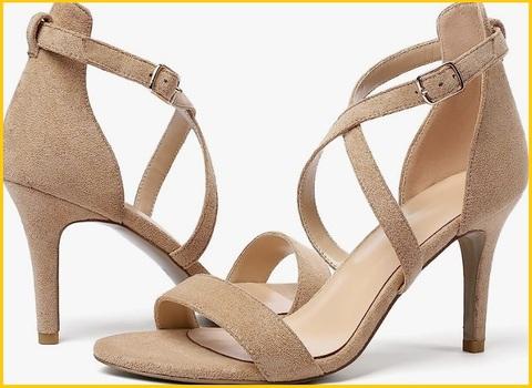 Sandalo tacco alto elegante da sposa