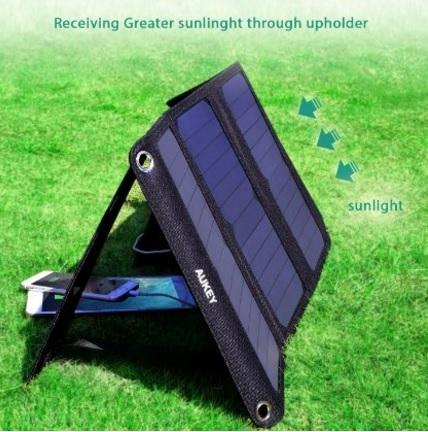 Caricabatterie esterno a energia solare pieghevole