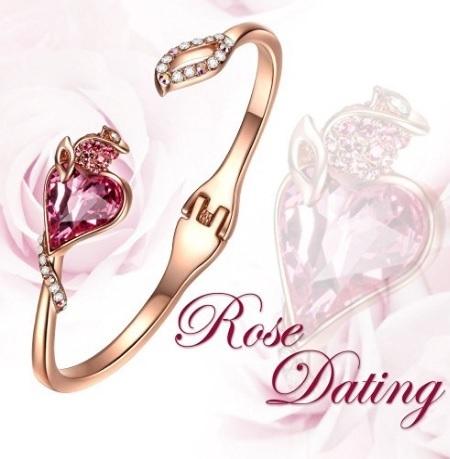 Bracciale con rosa e cuore simbolo dell'amore