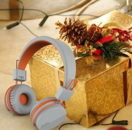 Cuffie stereo regolabili e pieghevoli moderne portatili