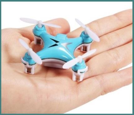 Drone quadricottero telecomandato con joystick
