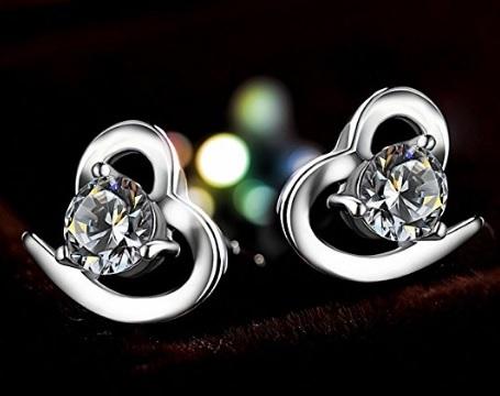 Orecchini a forma di cuore con zircone eleganti e unici