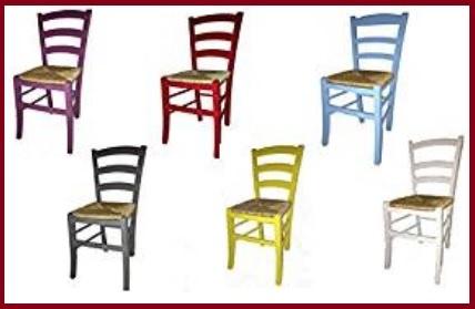 Sedie impagliate colorate