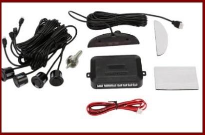 Sensori di parcheggio per auto con radar e display