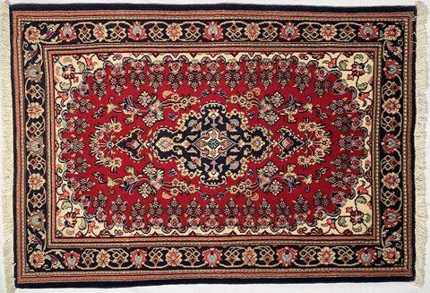 Il tappeto kum o qum famoso splendido tappeto persiano
