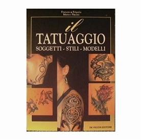 Foto tattoo libro