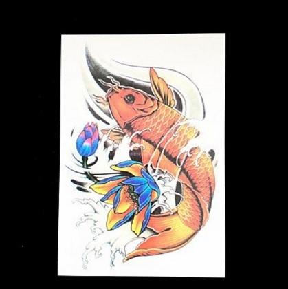 Tatuaggio classico carpa giapponese