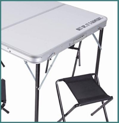 Tavolo per campeggio con sgabelli inclusi