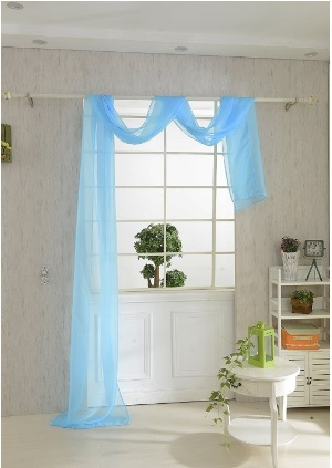 Tenda mantovana lunga per finestra