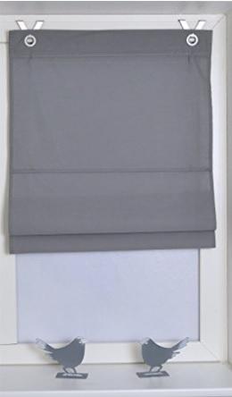 Tenda a pacchetto dal colore grigio con occhielli