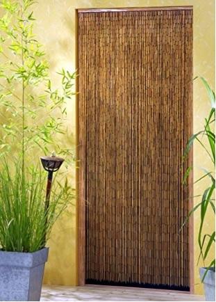 Tenda a cascata in bambù canne distribuite