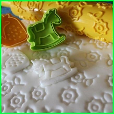 Decorazioni facili pasta di zucchero