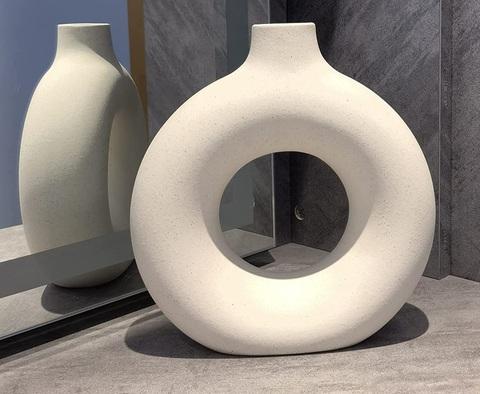 Vasi moderni da interno design bianchi